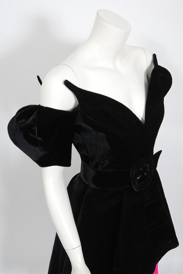 Vintage 1991 Thierry Mugler Runway Black Velvet Fuchsia-Pink Silk High Low Gown In Excellent Condition For Sale In Beverly Hills, CA