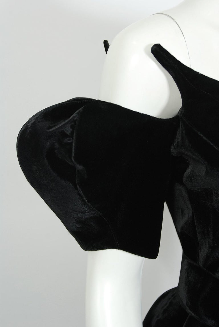 Women's Vintage 1991 Thierry Mugler Runway Black Velvet Fuchsia-Pink Silk High Low Gown For Sale