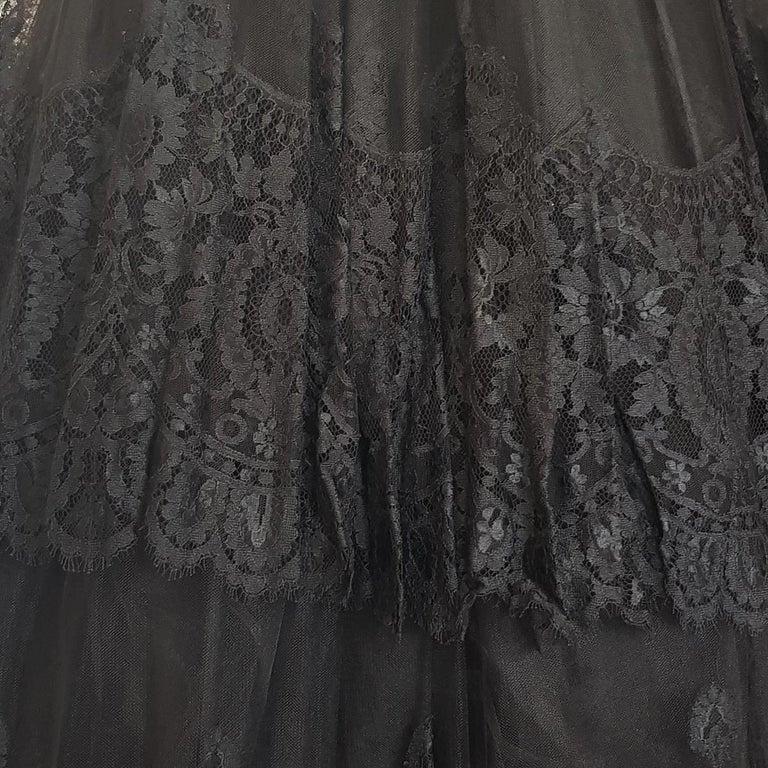 1991 Valentino Boutique Black Lace Dress S In Excellent Condition For Sale In Gazzaniga (BG), IT