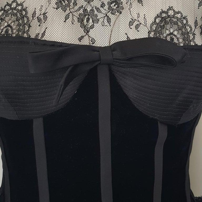 1991 Valentino Boutique Black Lace Dress S For Sale 2