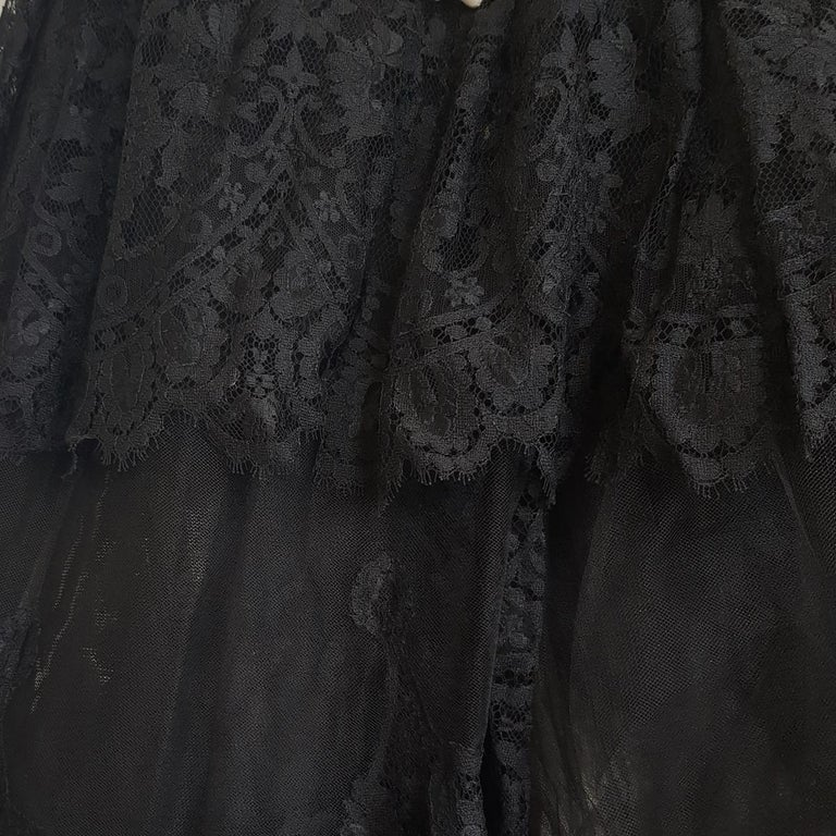 1991 Valentino Boutique Black Lace Dress S For Sale 3
