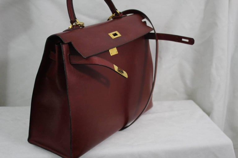 1993 Vintage Red Hermes Kelly 35 Sellier with Shoulder Strap For Sale 5