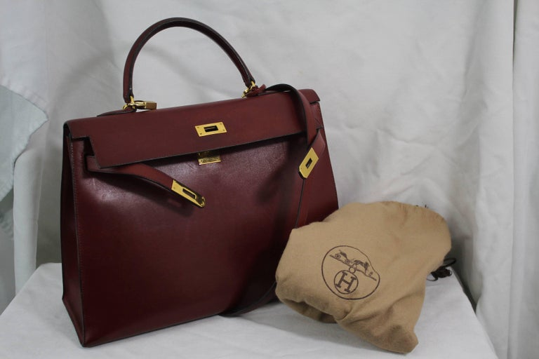 1993 Vintage Red Hermes Kelly 35 Sellier with Shoulder Strap For Sale 6