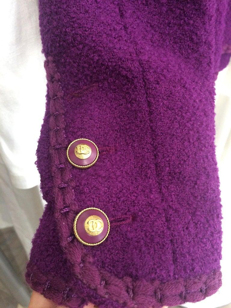 1993s Chanel Purple Tweed Boucle Jacket For Sale 2