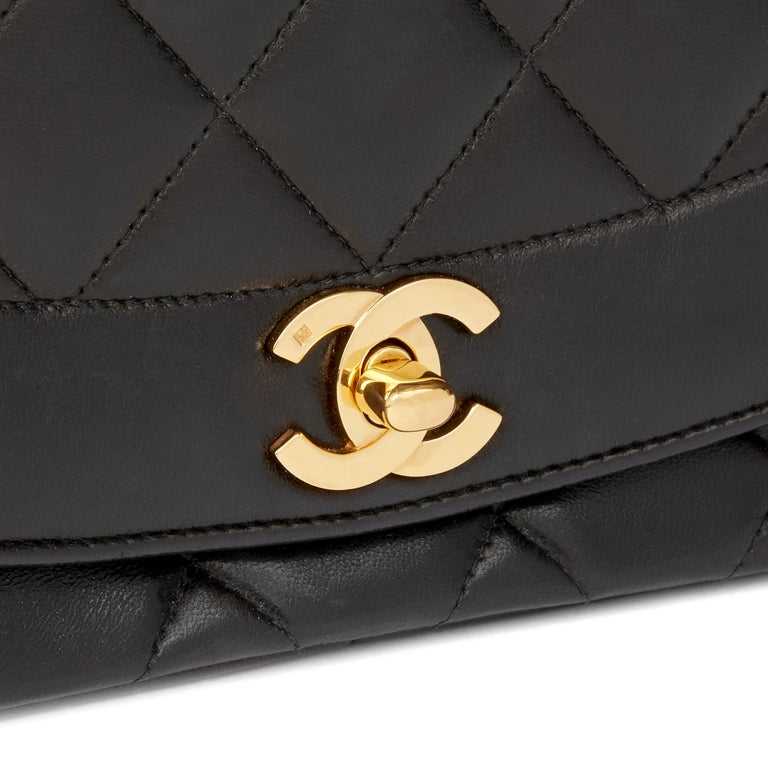 1994 Chanel Black Quilted Lambskin Vintage Medium Diana Classic Single Flap Bag  For Sale 3