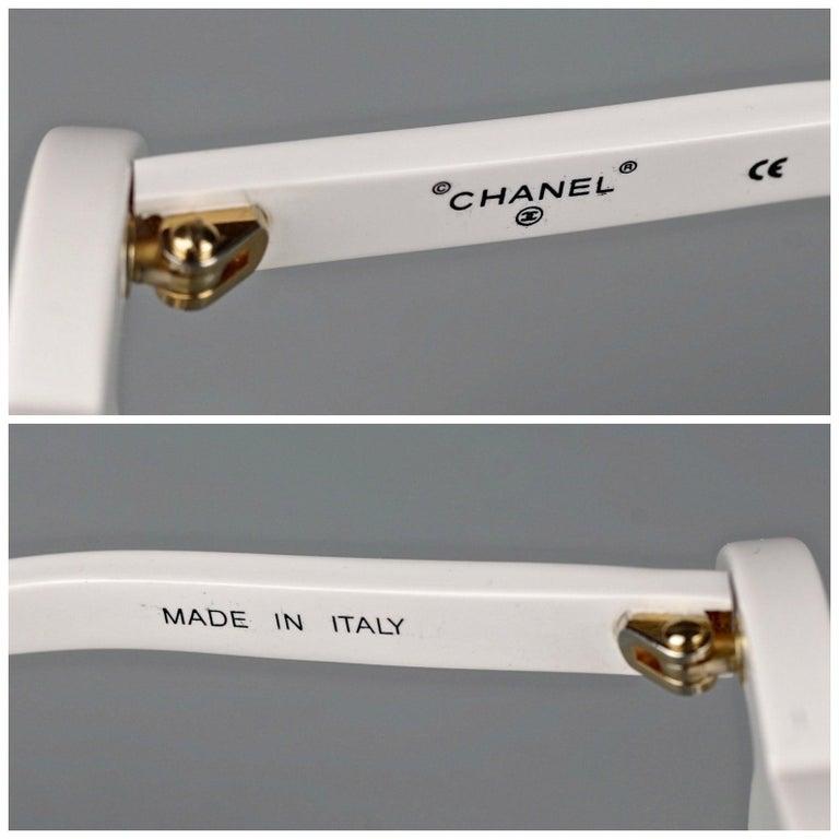 1994 CHANEL White CC Logo Futuristic Sunglasses For Sale 5