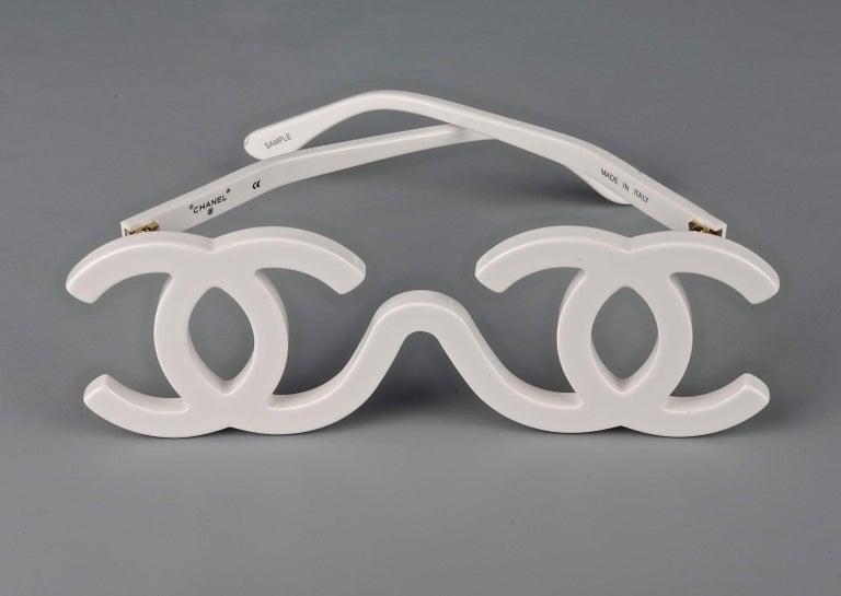 1994 CHANEL White CC Logo Futuristic Sunglasses For Sale 2