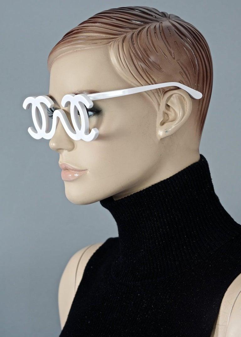 1994 CHANEL White CC Logo Futuristic Sunglasses For Sale 3