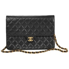 1995 Chanel Black Quilted Lambskin Vintage Medium Classic Single Flap Bag