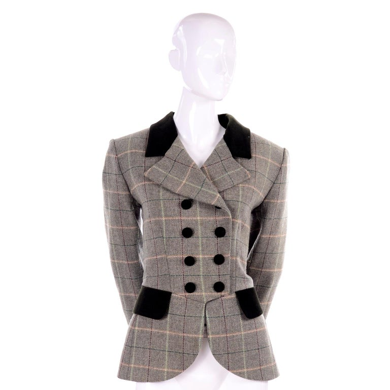 1995 Yves Saint Laurent Vintage Jacket in Cashmere Wool Green Plaid & Velvet For Sale 2