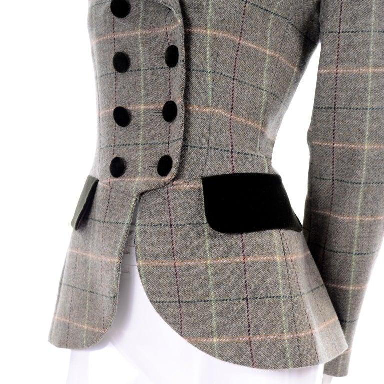 1995 Yves Saint Laurent Vintage Jacket in Cashmere Wool Green Plaid & Velvet For Sale 3