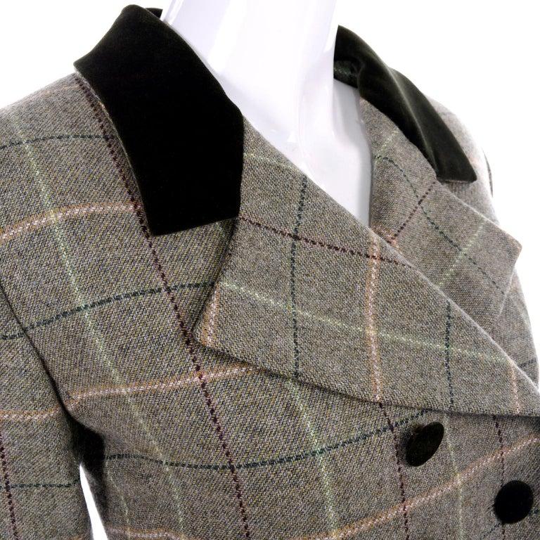 1995 Yves Saint Laurent Vintage Jacket in Cashmere Wool Green Plaid & Velvet For Sale 4