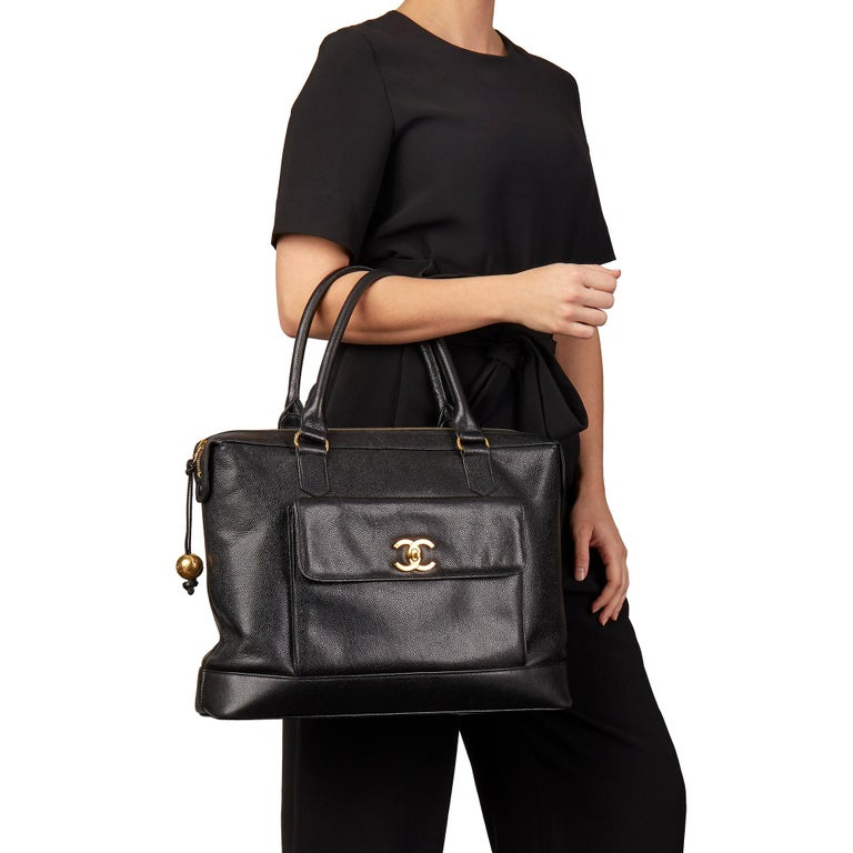 CHANEL Black Caviar Leather Vintage Classic Shoulder Tote  Xupes Reference: HB3170 Serial Number: 3397772 Age (Circa): 1996 Authenticity Details: Serial Sticker (Made in Italy) Gender: Ladies Type: Shoulder, Tote  Colour: Black Hardware: Gold (24K