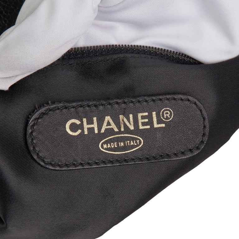 1996 Chanel Black Caviar Leather Vintage Classic Shoulder Tote For Sale 5
