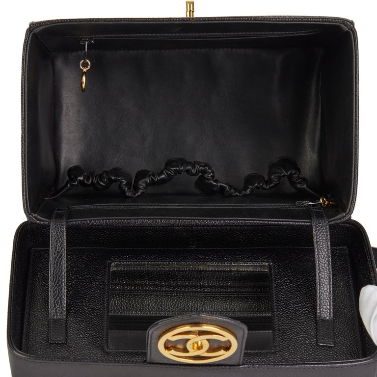 1996 Chanel Black Caviar Leather Vintage Classic Vanity Case  For Sale 8