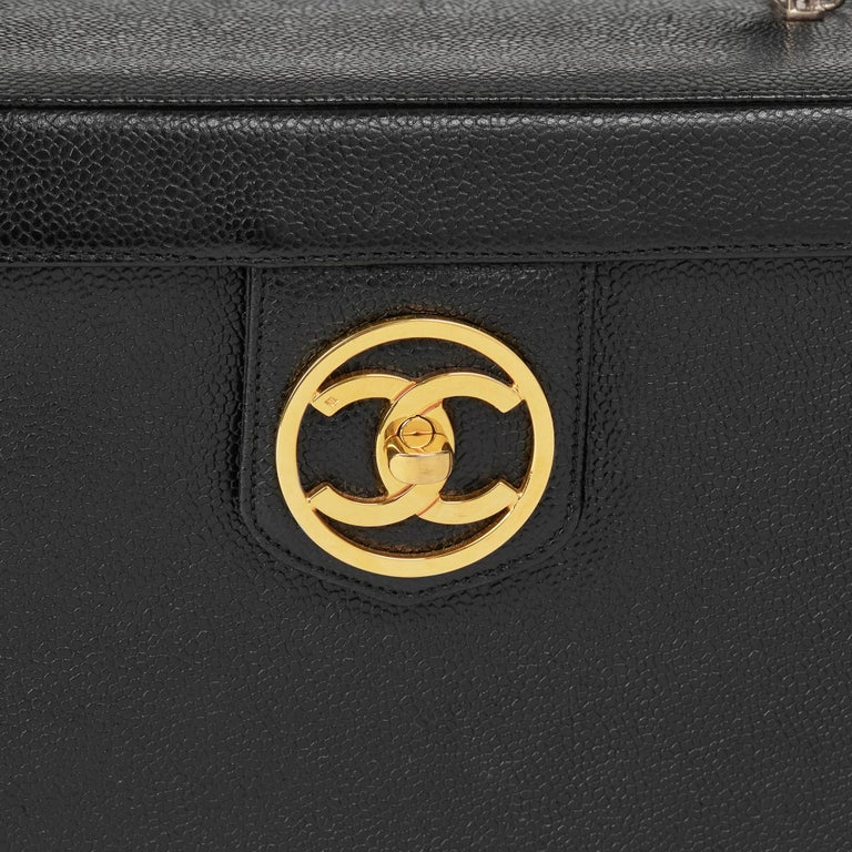 1996 Chanel Black Caviar Leather Vintage Classic Vanity Case  For Sale 3