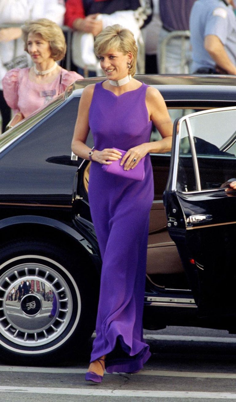 1996 RARE VINTAGE GIANNI VERSACE LONG DRESS as seen on PRINCESS DIANA  IT Size 40  67% Silk, 33% Rayon  Fully lined