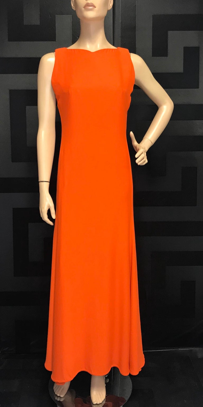 1996 RARE VINTAGE GIANNI VERSACE LONG DRESS as seen on PRINCESS DIANA In Good Condition For Sale In Montgomery, TX