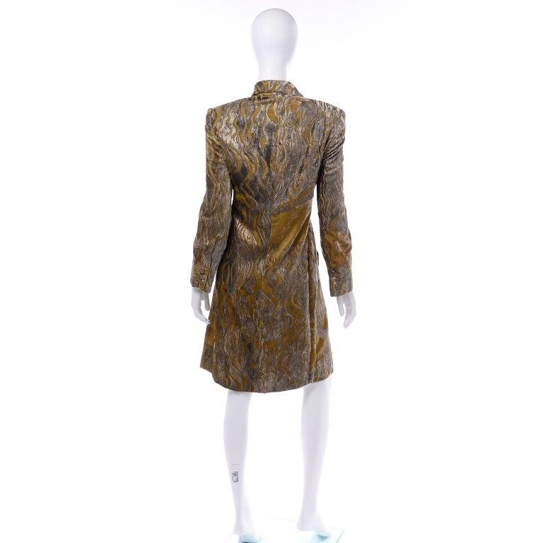 1997 Bill Blass Gold & Green Runway Metallic Button Front Vintage Velvet Coat For Sale 1