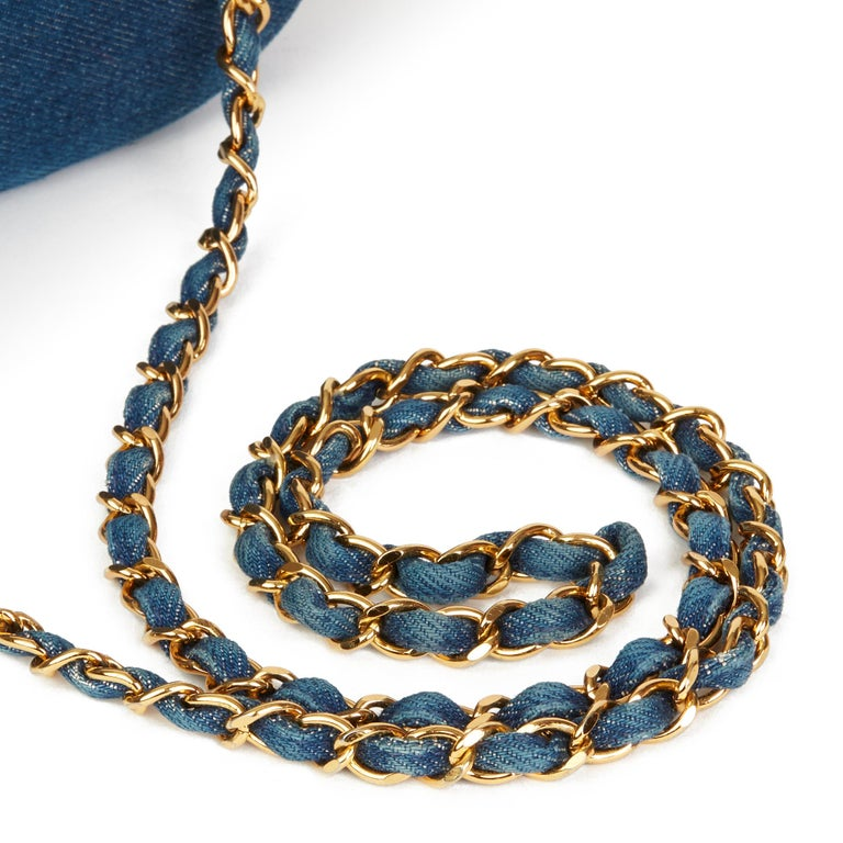 44f2c84248bd 1997 Chanel Blue Denim & Woven Straw 'Picnic' Vintage Basket Bag For Sale 1