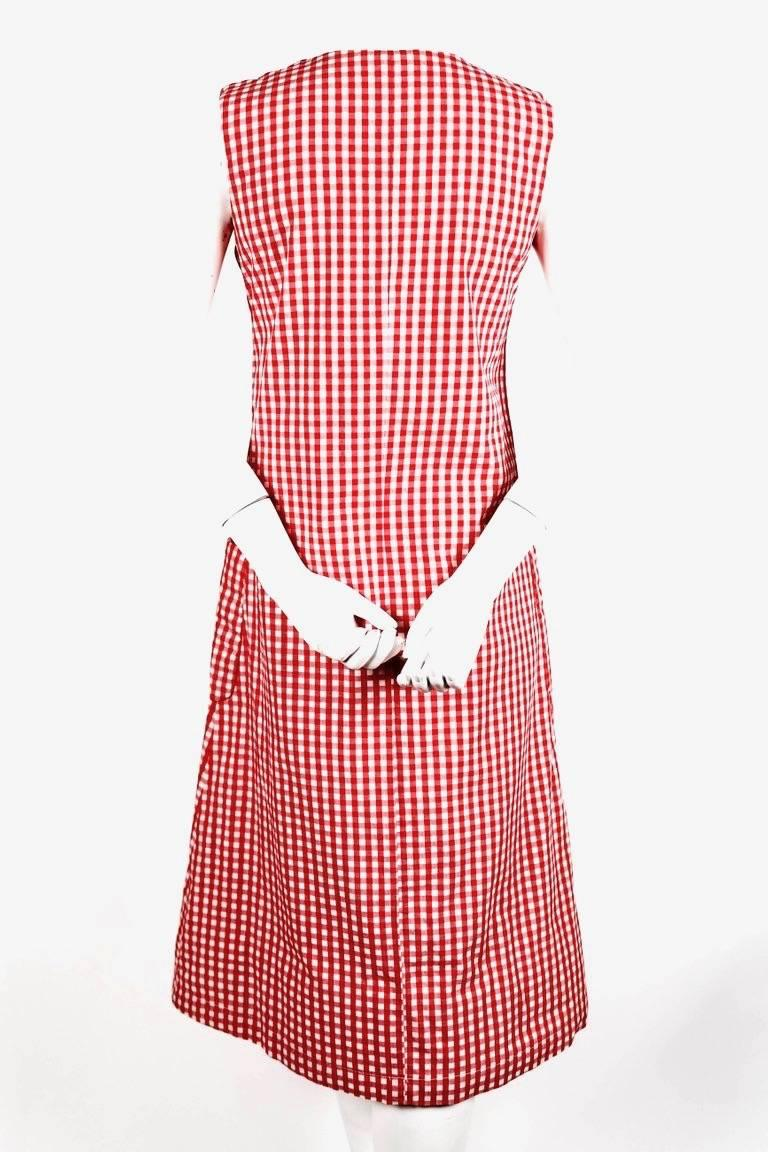 1997 COMME DES GARCONS red gingham padded dress 'BODY MEETS DRESS' In Excellent Condition For Sale In San Fransisco, CA