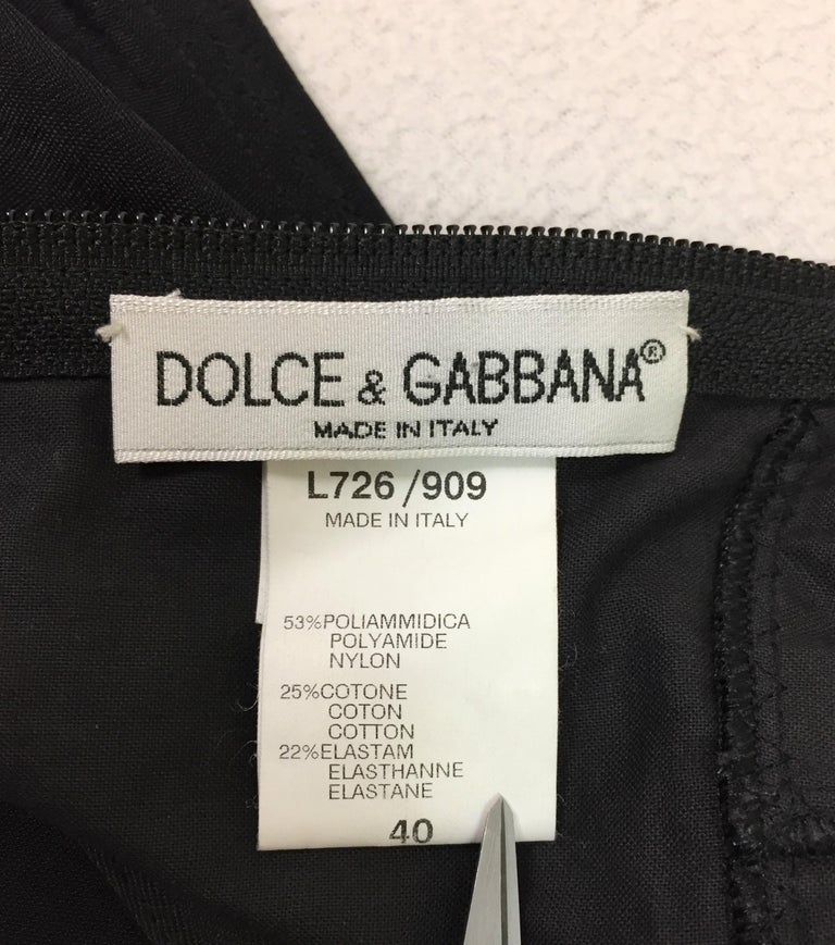 1997 Dolce & Gabbana Pin-Up Black Wiggle Zip Down Dress For Sale 1