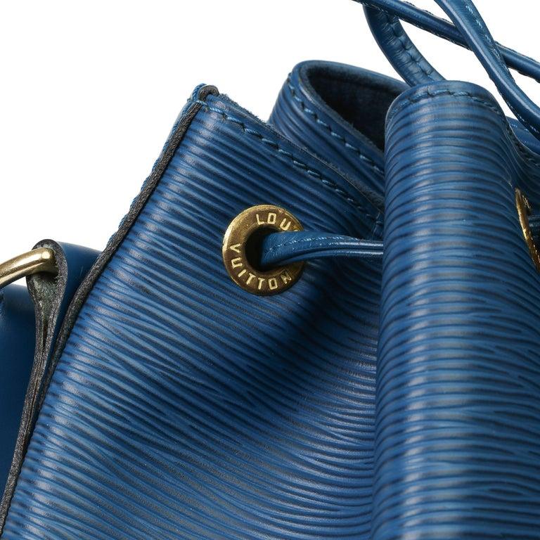 Women's 1997 Louis Vuitton Blue Epi Leather Vintage Petit Noé For Sale