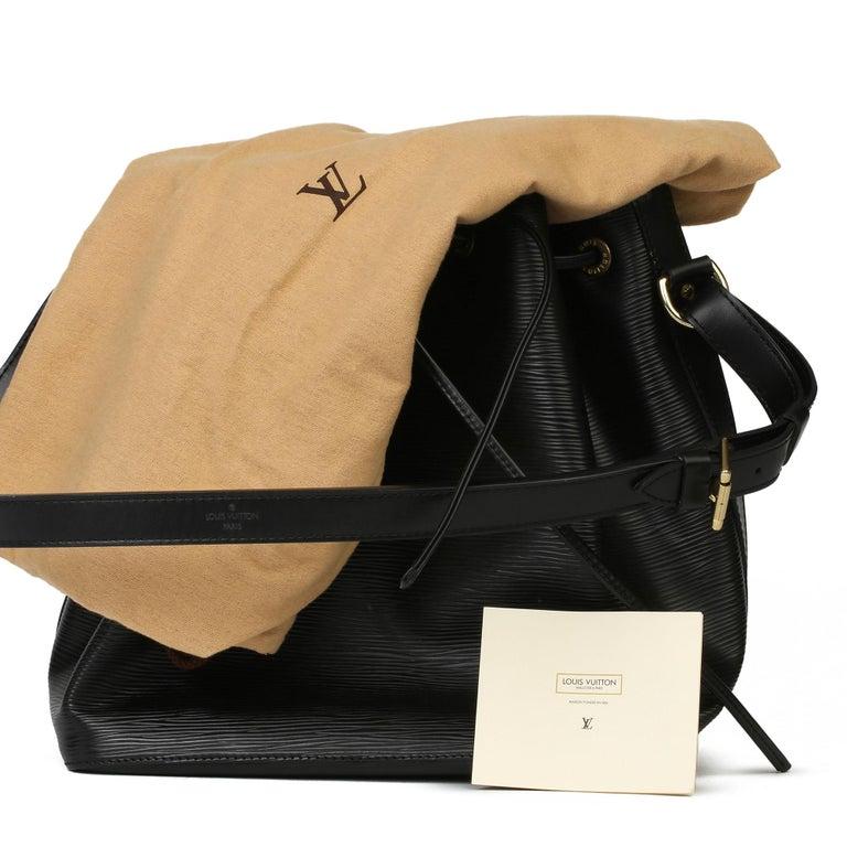 1998 Louis Vuitton Black Epi Leather Vintage Petit Noé For Sale 7