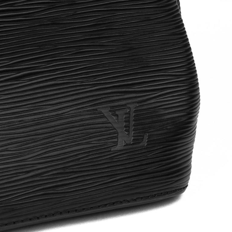 1998 Louis Vuitton Black Epi Leather Vintage Petit Noé For Sale 8