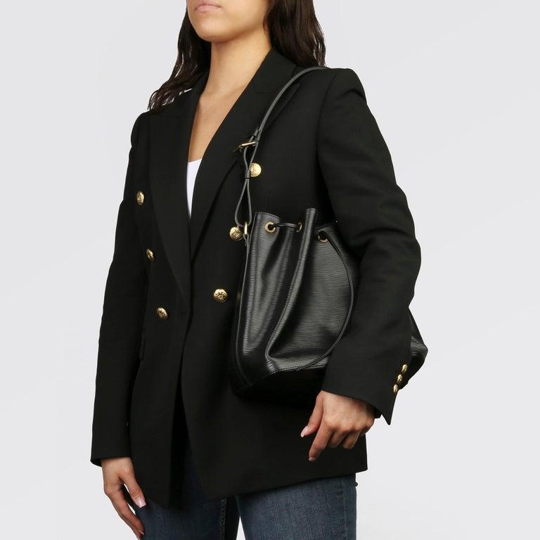 1998 Louis Vuitton Black Epi Leather Vintage Petit Noé For Sale 9