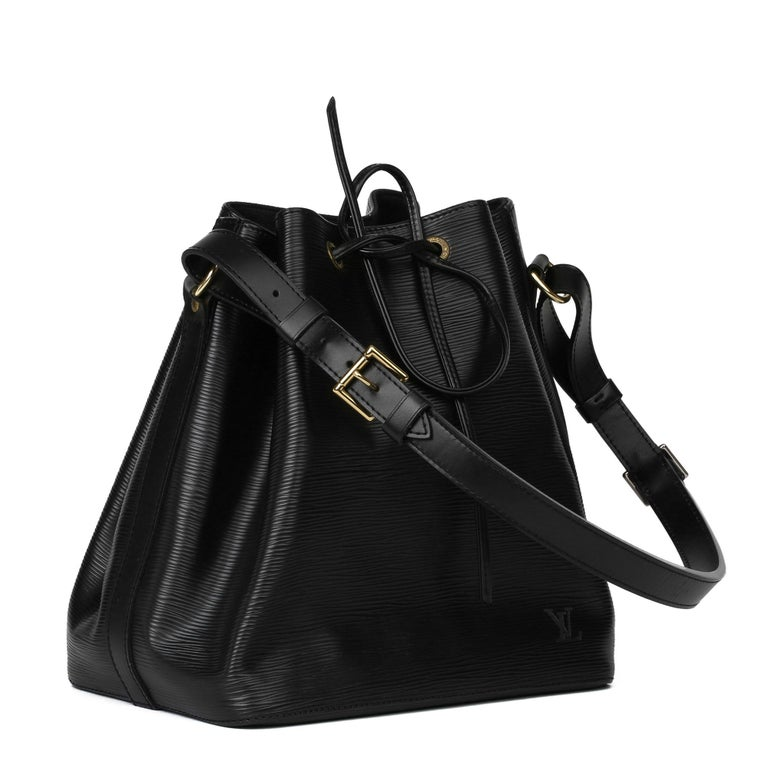 LOUIS VUITTON Black Epi Leather Vintage Petit Noé  Xupes Reference: HB3957 Serial Number: AR0978 Age (Circa): 1998 Accompanied By: Louis Vuitton Dust Bag Authenticity Details: Date Stamp (Made in France) Gender: Ladies Type: Top Handle,