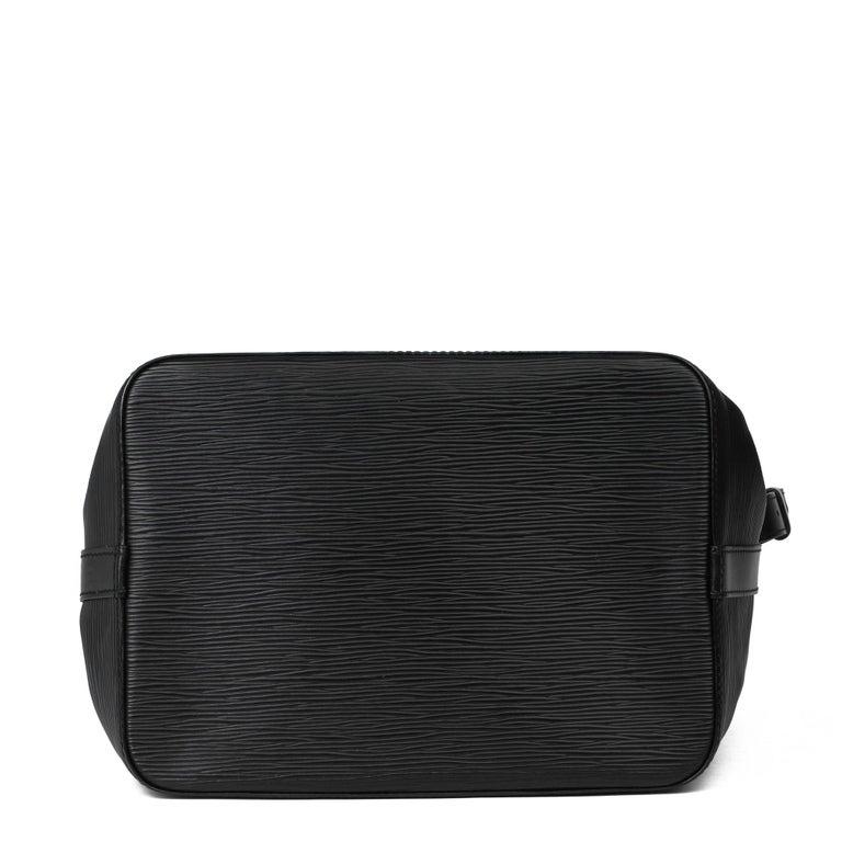 1998 Louis Vuitton Black Epi Leather Vintage Petit Noé For Sale 2
