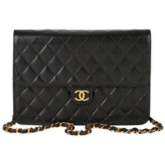 1999 Chanel Black Quilted Lambskin Vintage Medium Classic Single Flap Bag