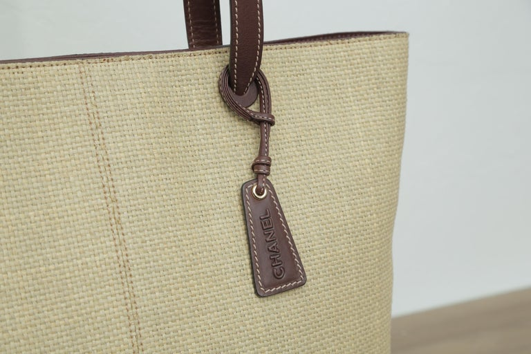 1999s Chanel Straw Tote Beige For Sale 2