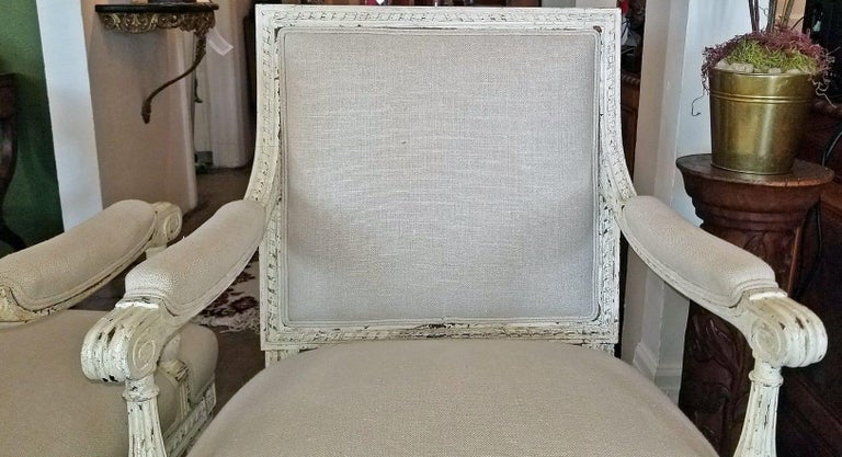 19th Century Pair of French Louis XVI Style Painted Armchairs For Sale 5