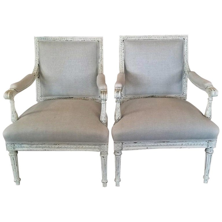 19th Century Pair of French Louis XVI Style Painted Armchairs For Sale