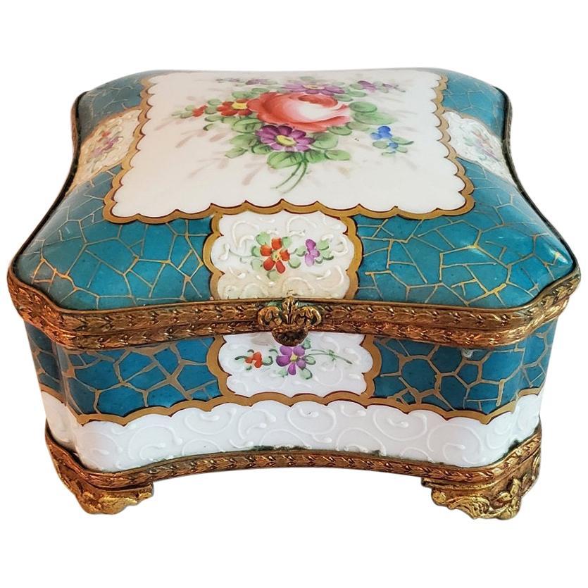 19th Century Samson Paris Porcelain Trinket Box