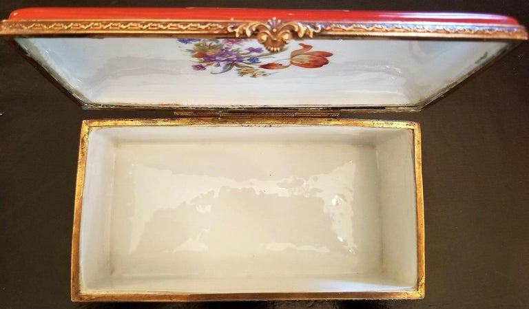 French 19C Sevres Porcelain Trinket Box with Ring Tray