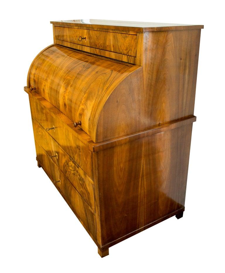 19h Century Biedermeier Walnut Bureau Cylinder Secretary 3