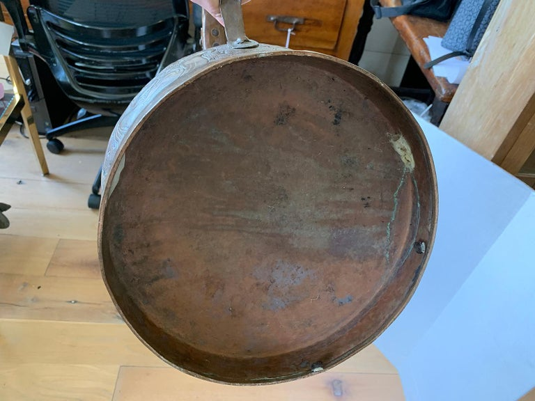 19th-20th Century Eastern Continental Copper Watering Can with Lid For Sale 10