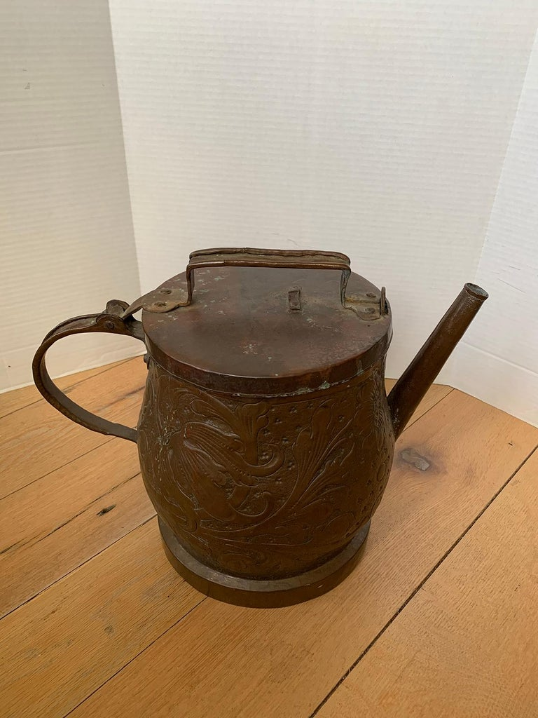19th-20th Century Eastern Continental Copper Watering Can with Lid For Sale 11