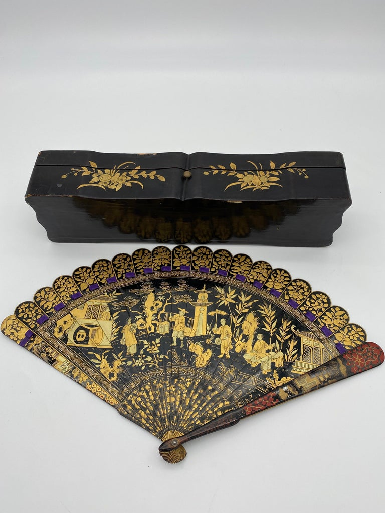 Antique Chinese Hand Painted Lacquer Scene Gilt Fan with Lacquer Box For Sale 4