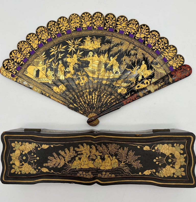 Antique Chinese Hand Painted Lacquer Scene Gilt Fan with Lacquer Box For Sale 7