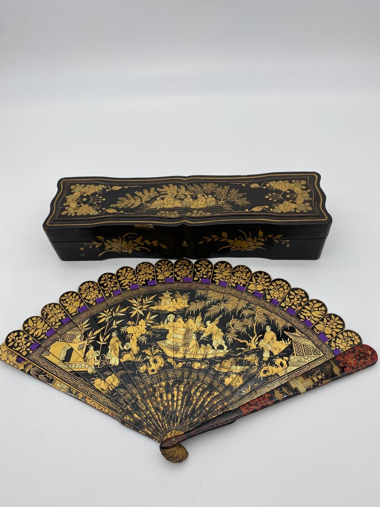Mid-19th Century Antique Chinese Hand Painted Lacquer Scene Gilt Fan with Lacquer Box For Sale