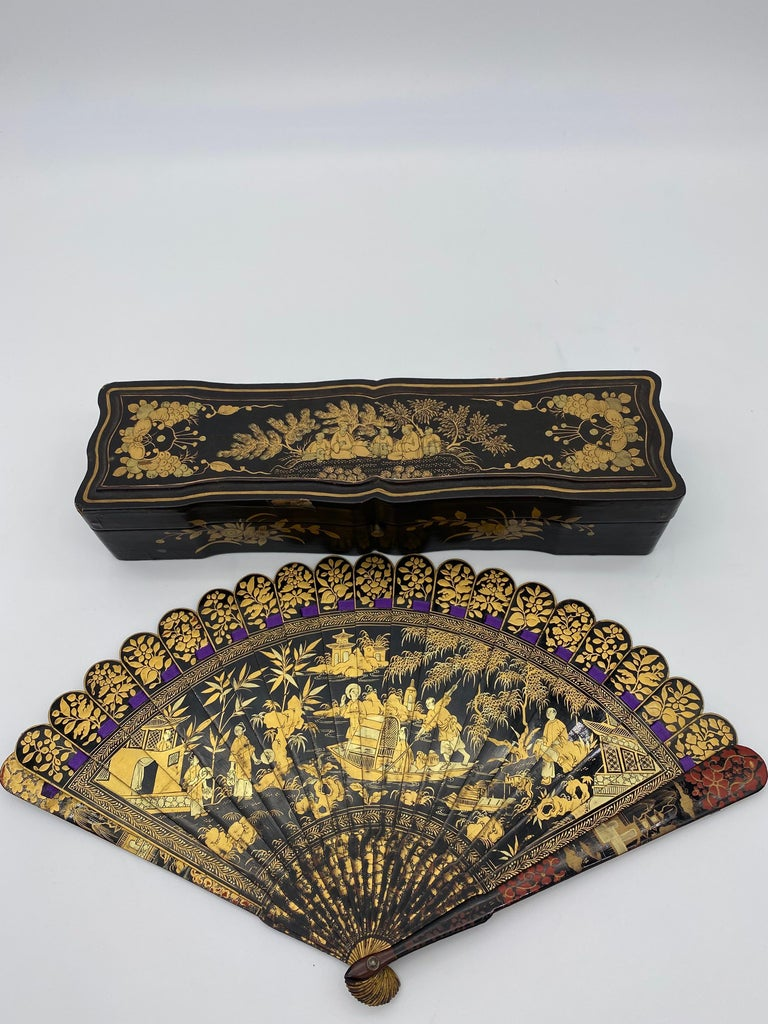 Antique Chinese Hand Painted Lacquer Scene Gilt Fan with Lacquer Box For Sale 2