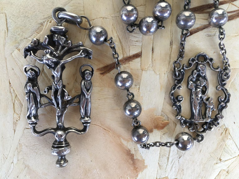 19th Antique Silver Rosary with Two Religious Scenes For Sale 1