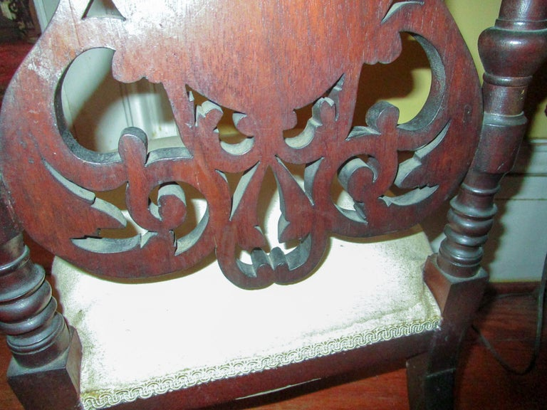 19th c. American Mahogany Rococo Revival Child's Chair with Tracery Back For Sale 1