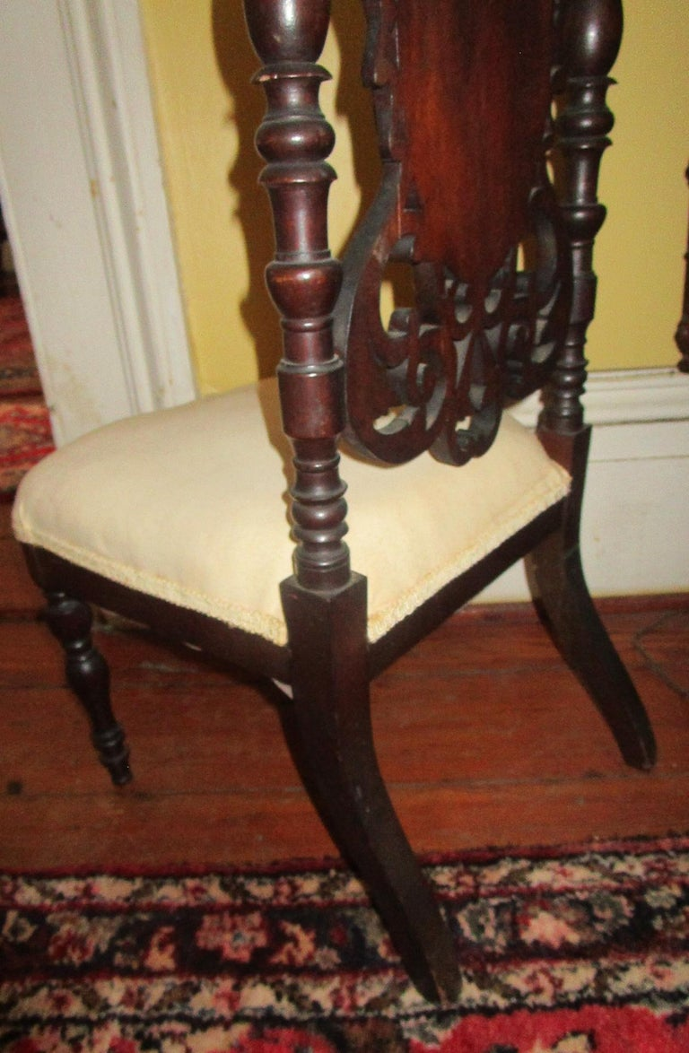 19th c. American Mahogany Rococo Revival Child's Chair with Tracery Back For Sale 2