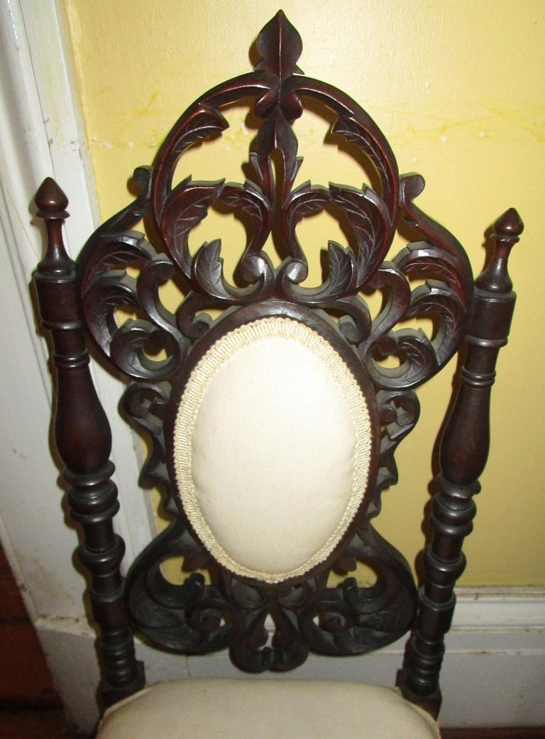 19th c. American Mahogany Rococo Revival Child's Chair with Tracery Back For Sale 3