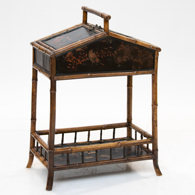 19th Century Bamboo and Chinoiserie Sewing Stand In Good Condition For Sale In Brentwood, TN